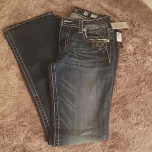 Nwt, Miss Me midrise bootcut jeans.